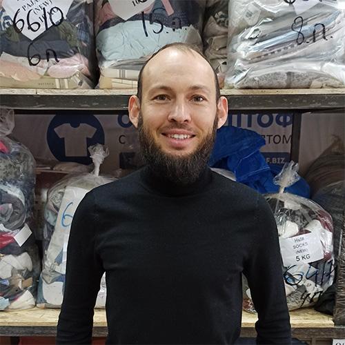 Сабитов Ибрагим работает в компании СКЛАД ОПТОФ